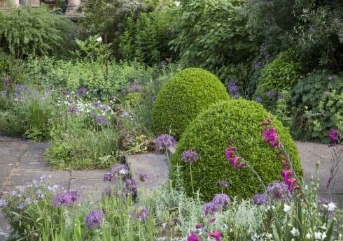 The White Sunk Garden, Kiftsgate Court Gardens